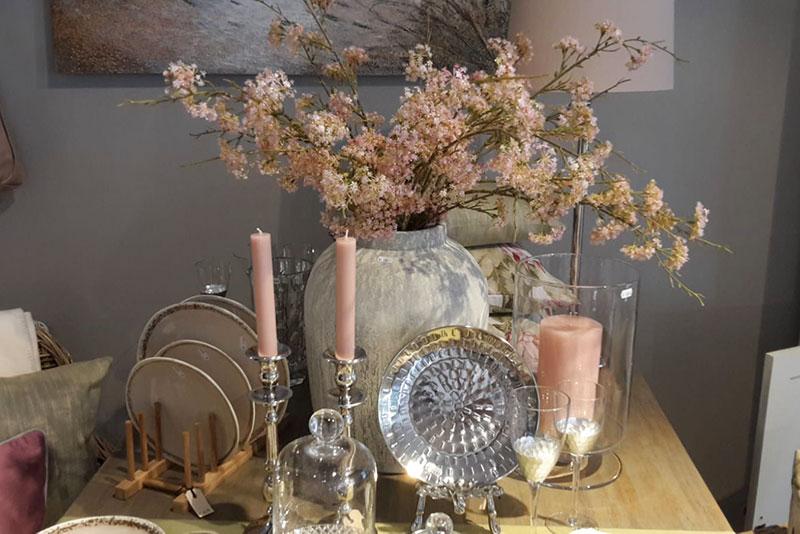 Galerie Deko Tischdeko Teller Blume - Inspiration am Vreithof